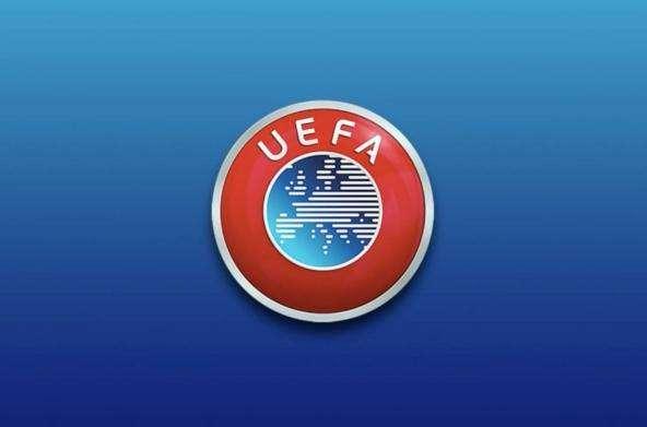 欧足联对巴萨与那不勒斯因未按时比赛作出罚款1.5万的处罚