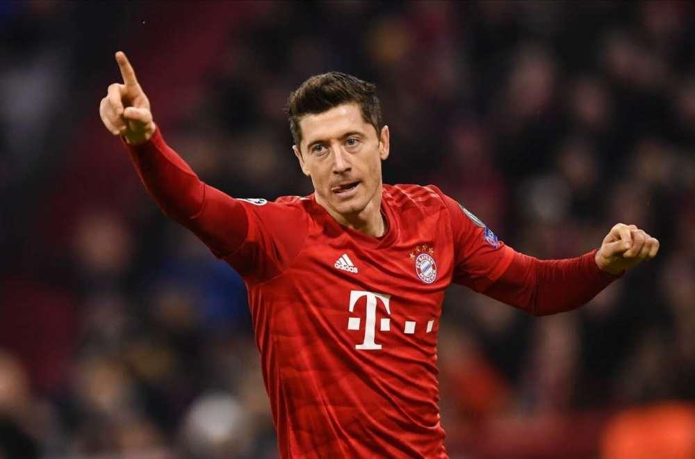 拜仁3-0轻取里昂!时隔7年再进欧冠决赛