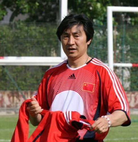 球员时代的贾秀全 亚洲顶级盯人中卫